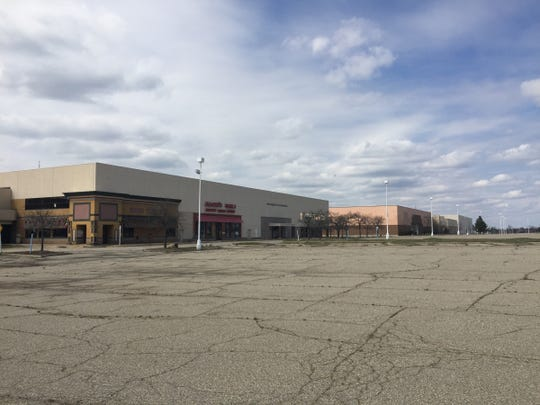 An exterior view of the vacant Summit Place Mall in Waterford Township on April 13, 2016.