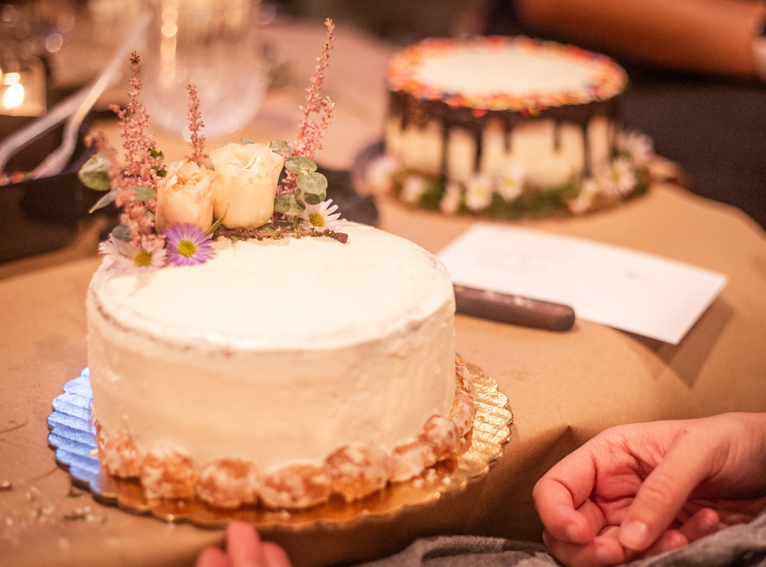For only $25, members of the Tallahassee community were invited to SoDough after hours on Thursday, September 27, 2018, to assemble and decorate cakes with fresh flowers, caramel sauce, sprinkles and even donut holes. This class was the first of four SoDough will host as part of their Autumn Baking Series. Tallahassee, FL.