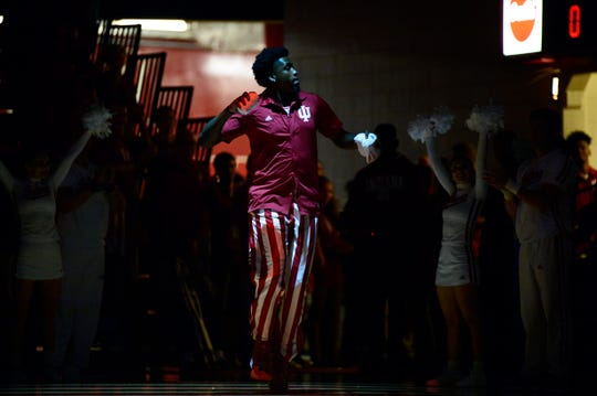 Indiana Hoosiers forward De'Ron Davis (20) is introduced during Hoosier Hysteria at Simon Skjodt Assembly Hall in Bloomington, Ind., on Saturday, Sept. 29, 2018.