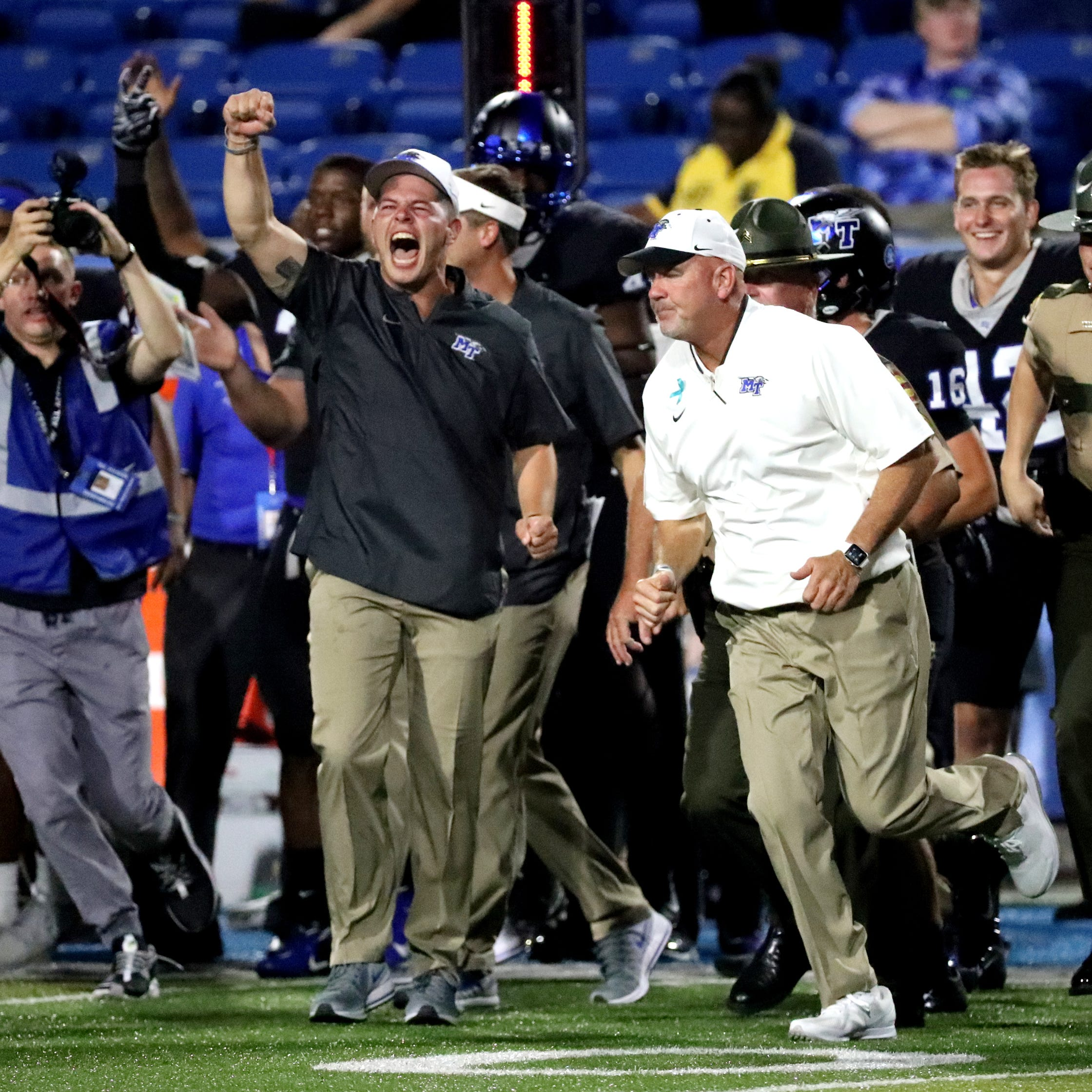 Watch MTSU's two-point conversion that beat Lane Kiffin and FAU