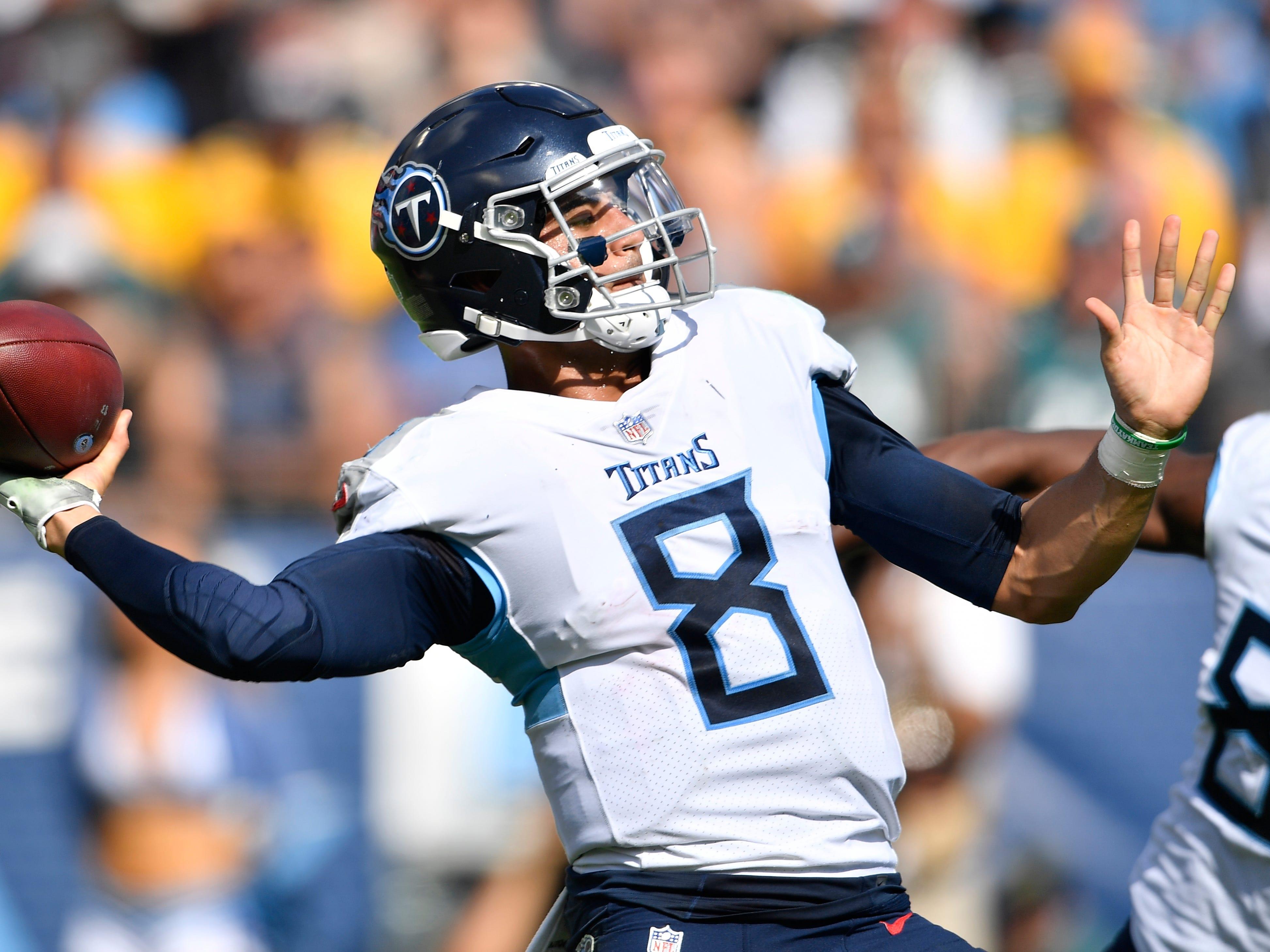 Titans quarterback Marcus Mariota (8) throws in the fourth quarter at Nissan Stadium Sunday, Sept. 30, 2018, in Nashville, Tenn.