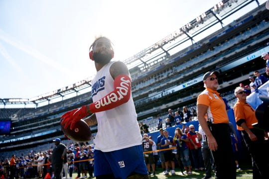 New York Giants wide receiver Odell Beckham Jr. (13) talks to fans before facing the New Orleans Saints in Week 4 on Sunday, September 30, 2018 in East Rutherford, NJ.
