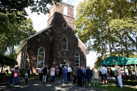The English Neighborhood Reformed Church of Ridgefield celebrated their 250th anniversary with a service, lunch and fellowship on Sunday, September 30, 2018. The congregation was established in 1768, while the building they worship in was built in 1793.