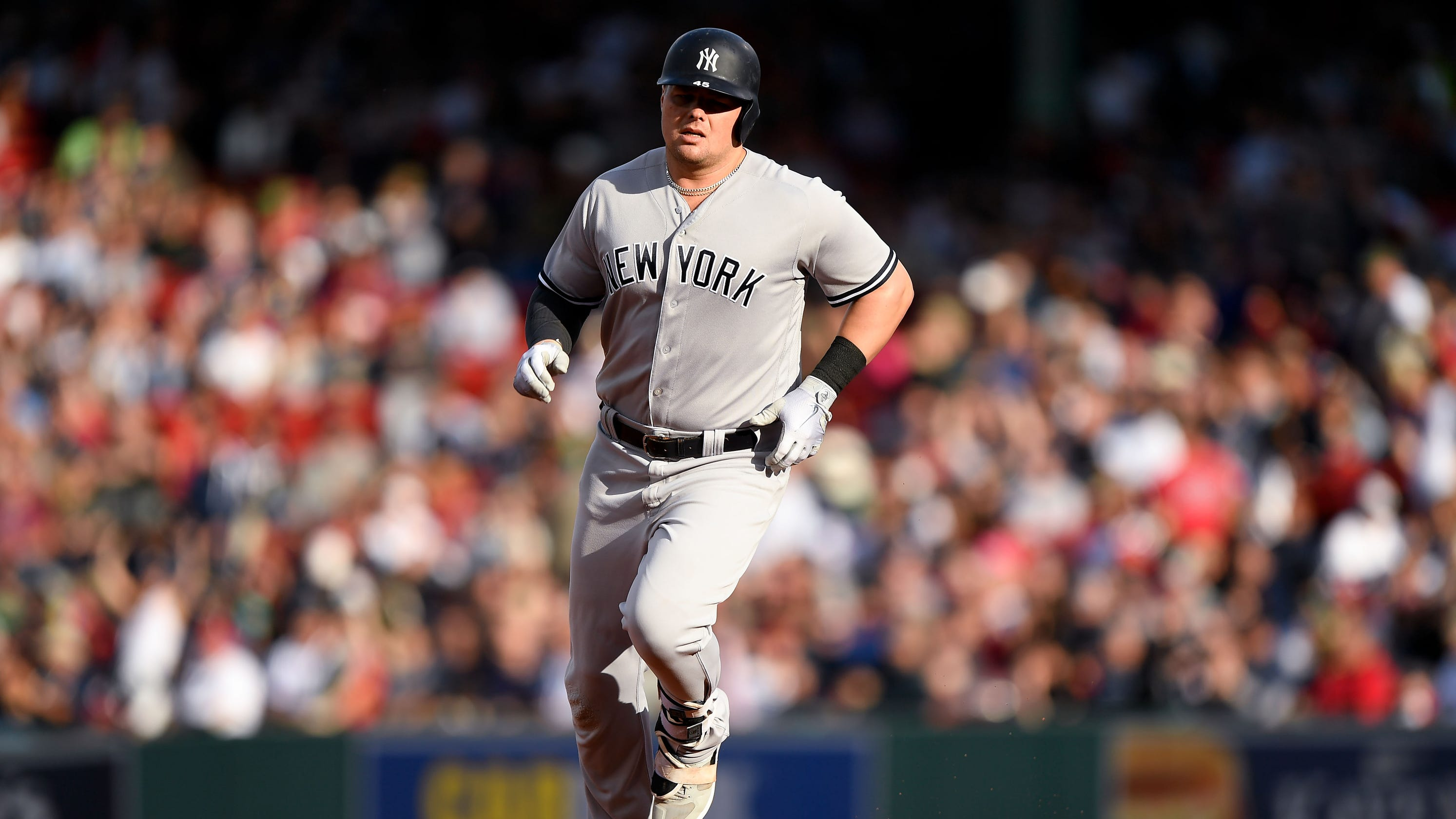 reputable site 9afeb 1f5d8 Luke Voit keeps hitting homers as NY Yankees bow to Red Sox