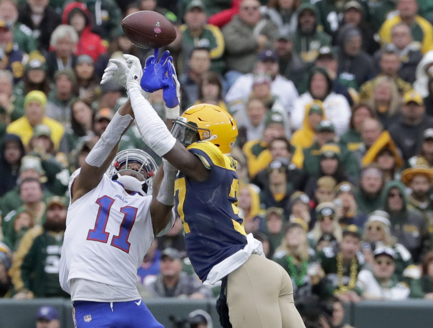 Green Bay Packers cornerback Josh Jackson breaks up a pass intended for Buffalo Bills wide receiver Zay Jones on Sunday, September 30, 2018, at Lambeau Field in Green Bay, Wis.  Wm. Glasheen/USA TODAY NETWORK-Wisconsin.