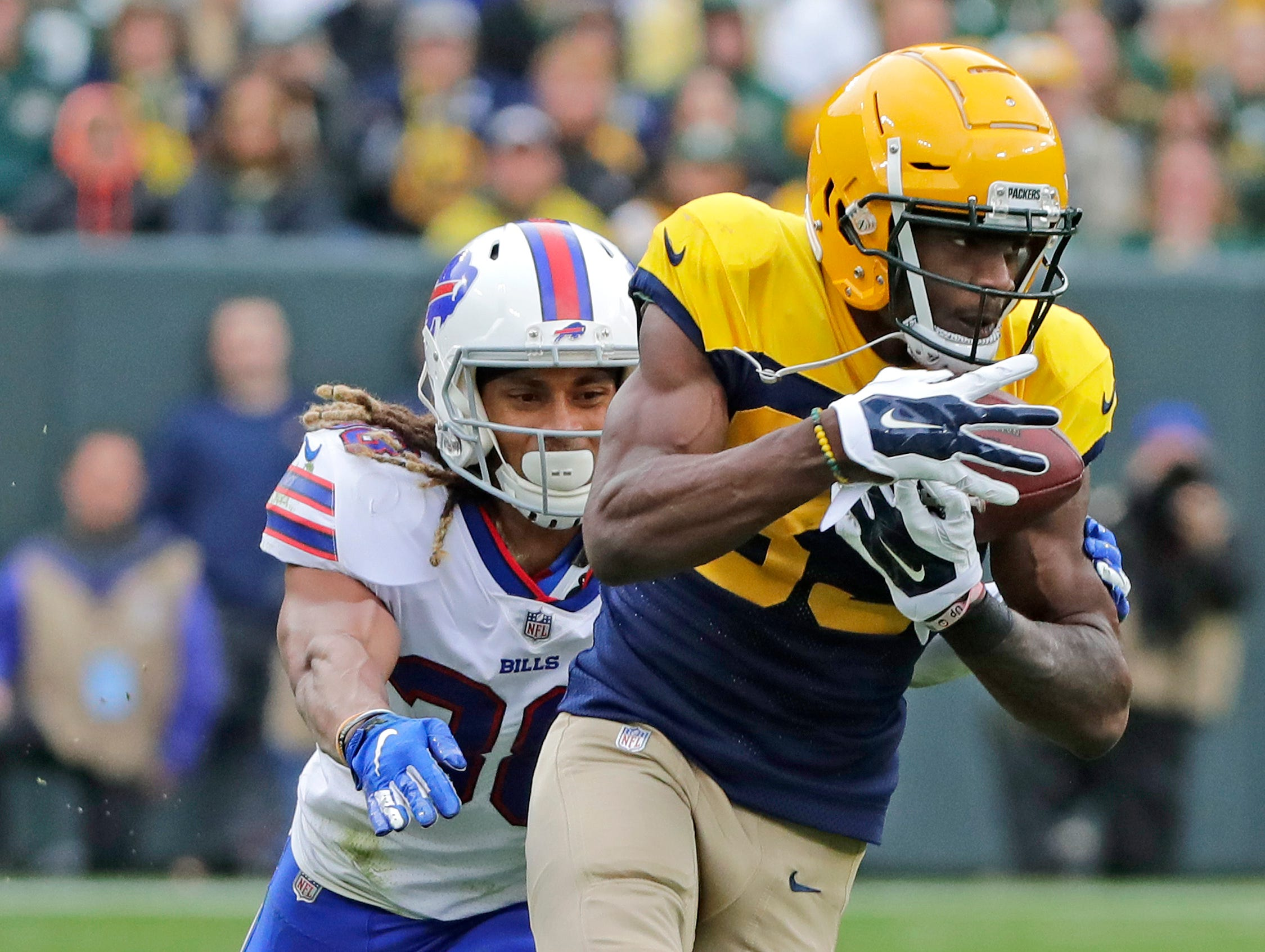 Green Bay Packers wide receiver Marquez Valdes-Scantling (83) makes a catch against the Buffalo Bills in the fourth quarter at Lambeau Field on Sunday, September 30, 2018 in Green Bay, Wis.