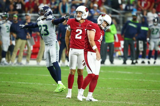 Cardinals kicker Phil Dawson reacts after missing a field-goal attempt against the Seahawks on Sept. 30 at State Farm Stadium.