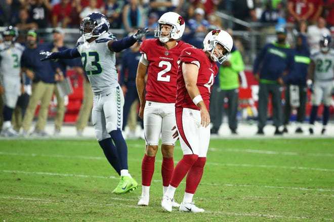 Arizona Cardinals Phil Dawson reacts after missing a field goal attempt against the Seattle Seahawks in the second half at State Farm Stadium in Glendale, Ariz.