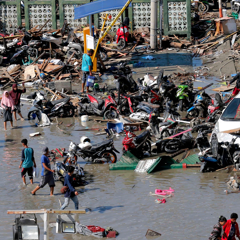 832 muertes confirmadas por sismo y tsunami en Indonesia