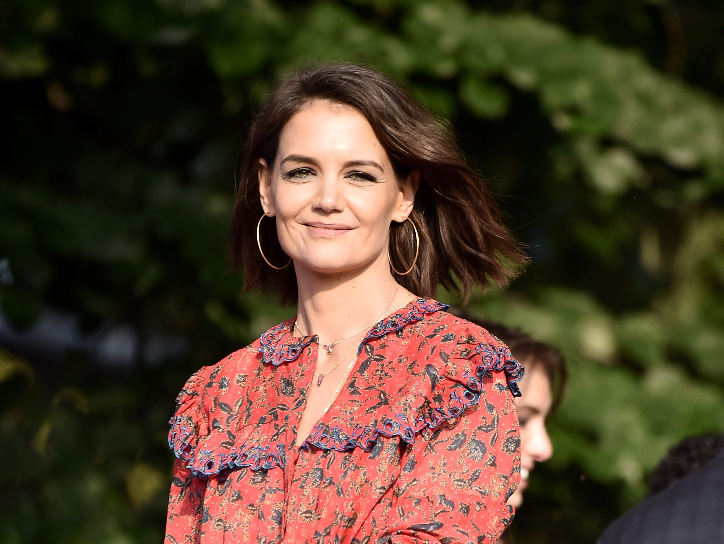 NEW YORK, NY - SEPTEMBER 29:  Katie Holmes presents onstage during the 2018 Global Citizen Concert at Central Park, Great Lawn on September 29, 2018 in New York City.  (Photo by Steven Ferdman/WireImage) ORG XMIT: 775224758 ORIG FILE ID: 1043278438