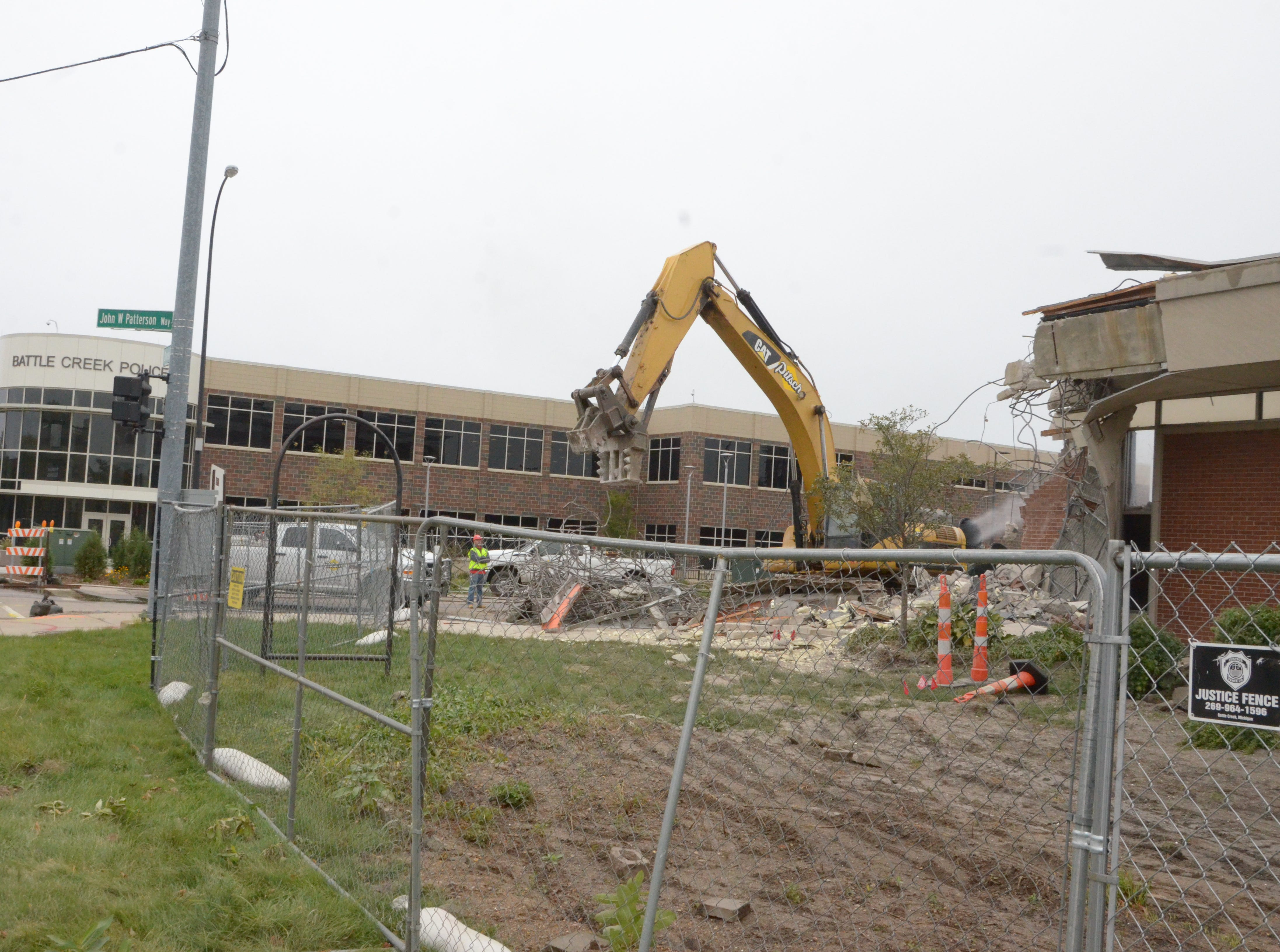 The old Battle Creek Police Department headquarters is coming down. The new $15.5-million headquarters next to the old headquarters opened in August.