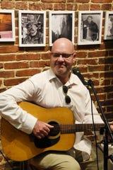 Musician David Kelly will perform Saturday at Auburn Road Winery.