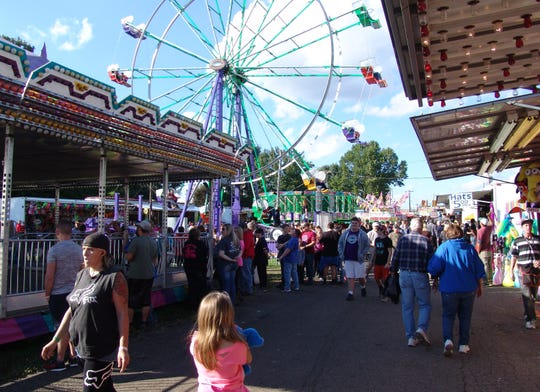 The midway of the 2018 Coshocton County Fair.