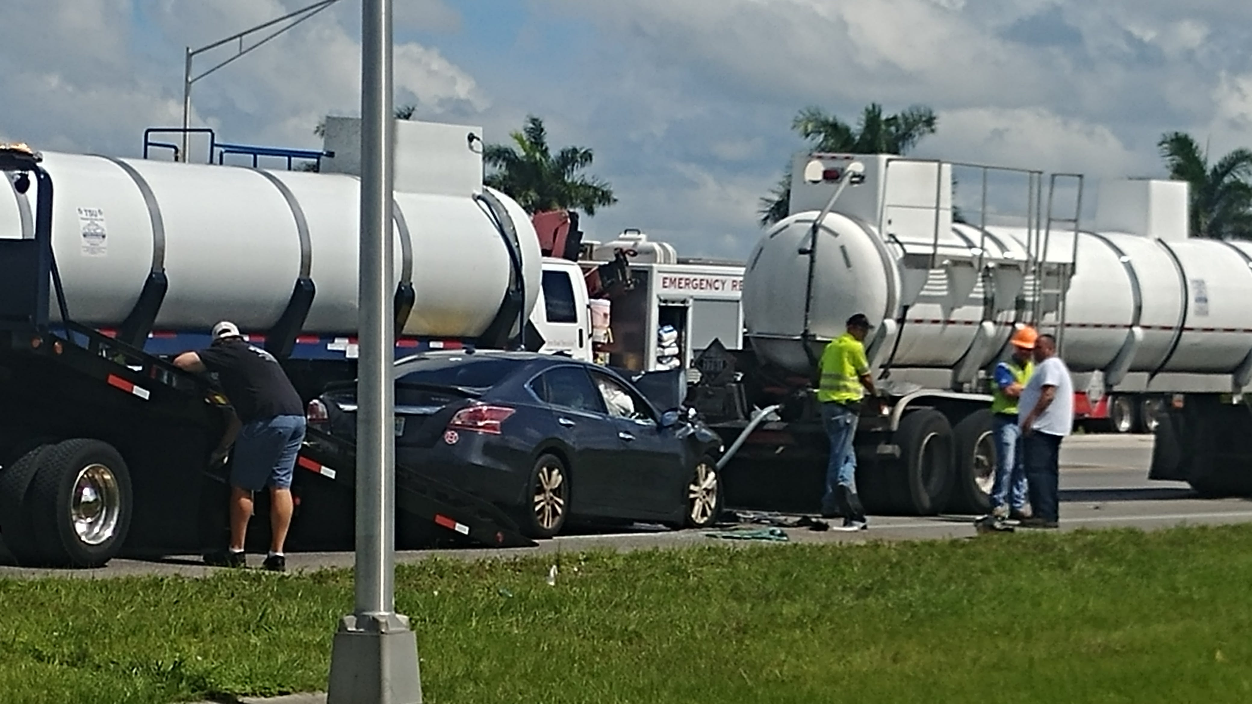 Eastbound lanes at SW 12th Avenue reopened after major crash on Pine Island Road