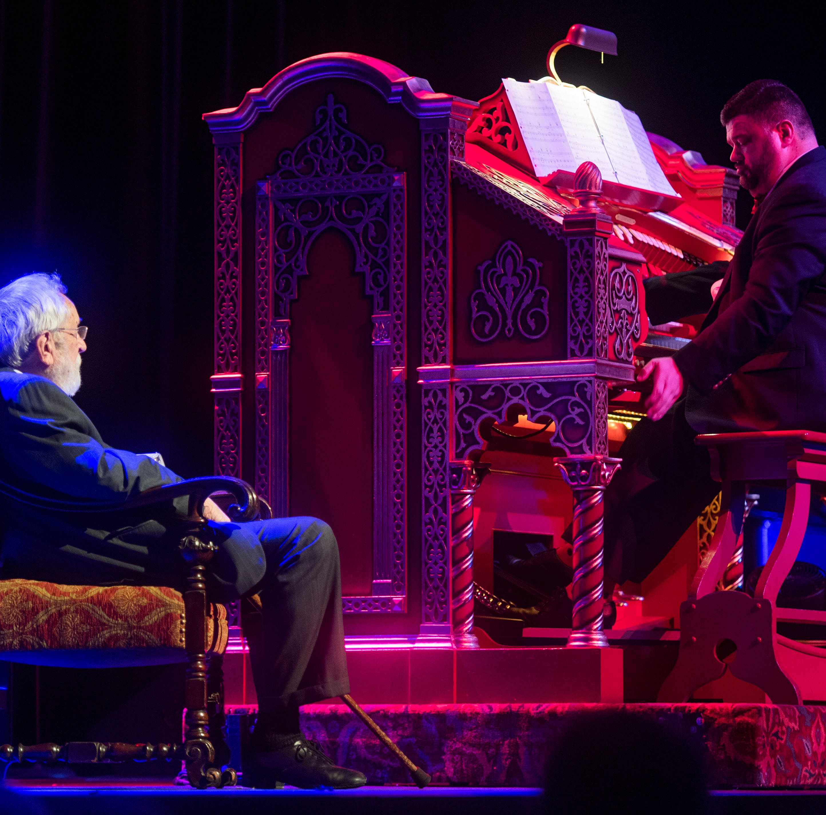 Tennessee Theatre organist Freddie Brabson comes full circle with Mighty Wurlitzer