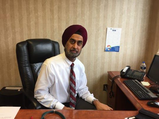 Dr. Kanwaljit Singh, a Medical Oncologist at FMC.