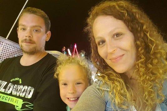Manitowoc man Damon Schisel, 32, needs rare heart and lung
