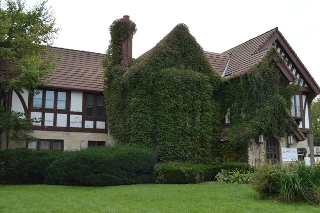 Frank Putney built this house for his family at 223 Wisconsin Ave., Waukesha, in 1901.