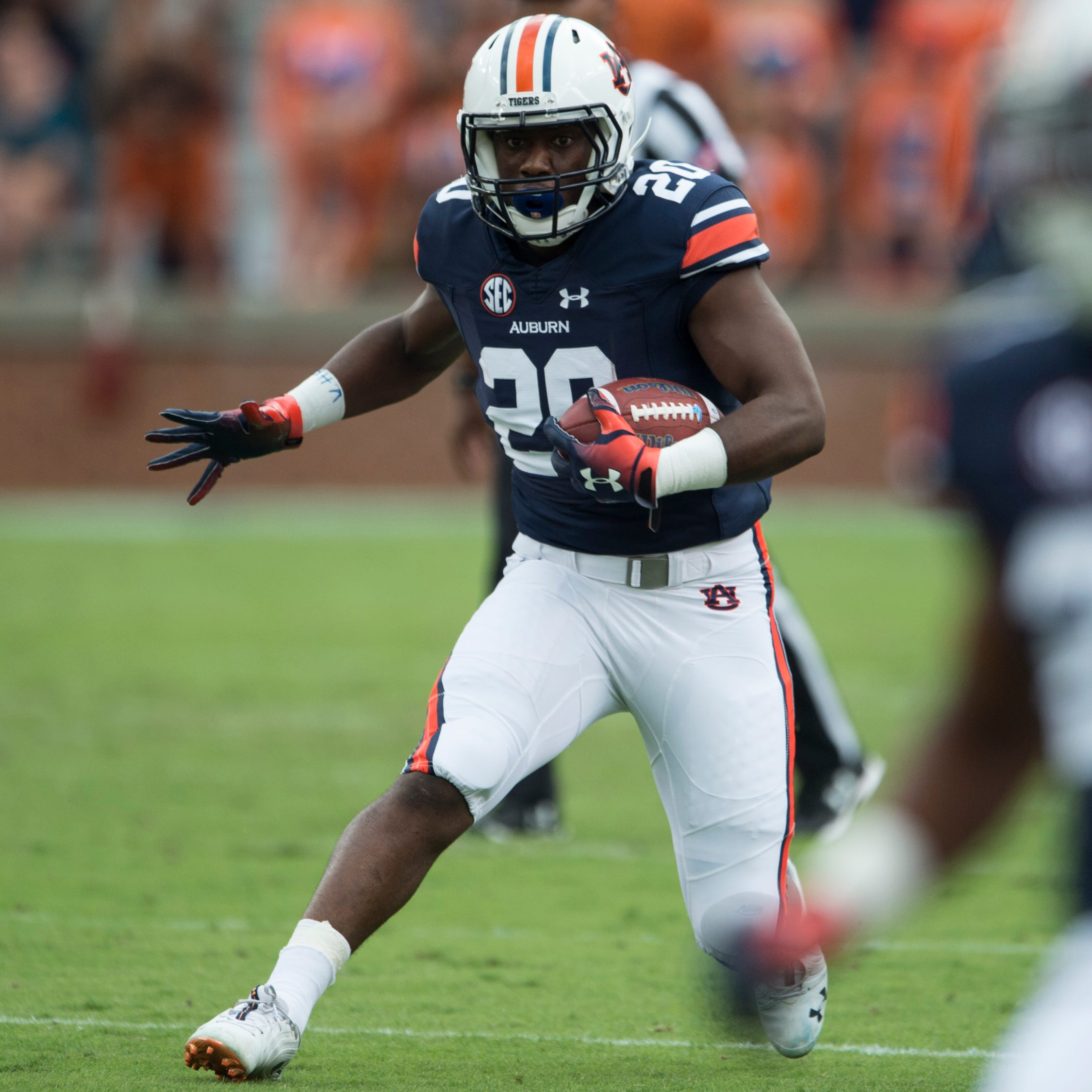 Running back Asa Martin will transfer from Auburn after puzzling true freshman season