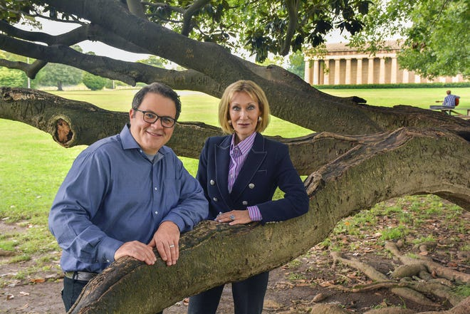 The Conservancy for the Parthenon and Centennial Park has announced a new leadership structure, with John Tumminello becoming executive director and Sylvia Rapoport shifting to founding president.