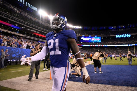New York Giants safety Landon Collins (21) walks off the field at the end of the game. The New Orleans Saints defeat the New York Giants 33-18 on Sunday, September 30, 2018 in East Rutherford, NJ.