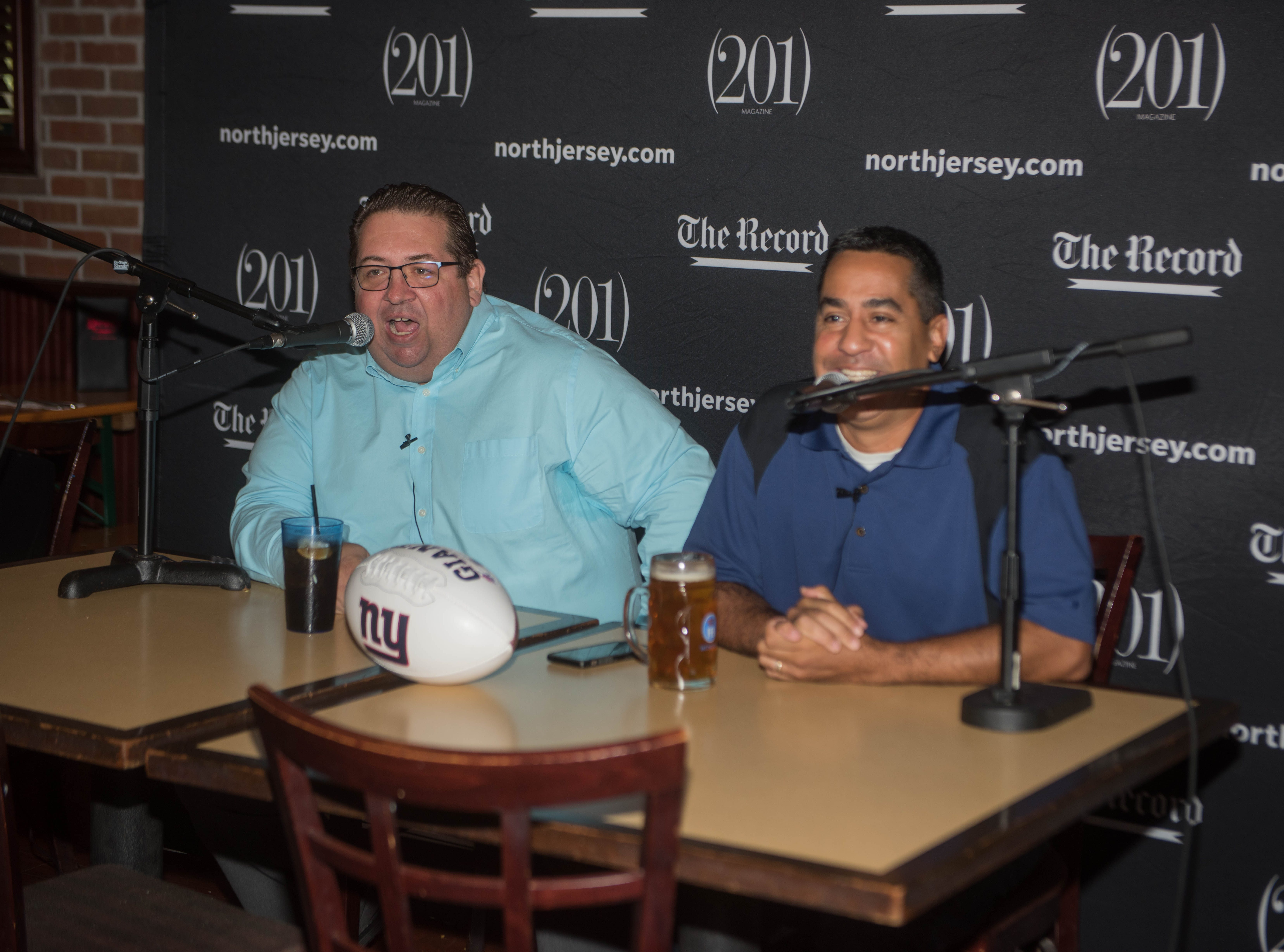Art Stapleton and Dave Rivera talk Giants/Saints at Redd's. The Record sports writers Art Stapleton and Dave Rivera joined fans at Redd's to talk Giants and Saints before the game. 09/30/2018