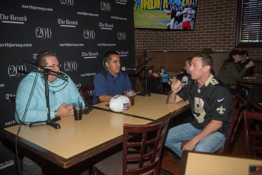 Art Stapleton and Dave Rivera talk Giants/Saints with a Saints fan at Redd's. The Record sports writers Art Stapleton and Dave Rivera joined fans at Redd's to talk Giants and Saints before the game. 09/30/2018
