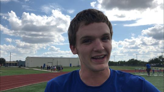 Lake View football player Elliot Peterson