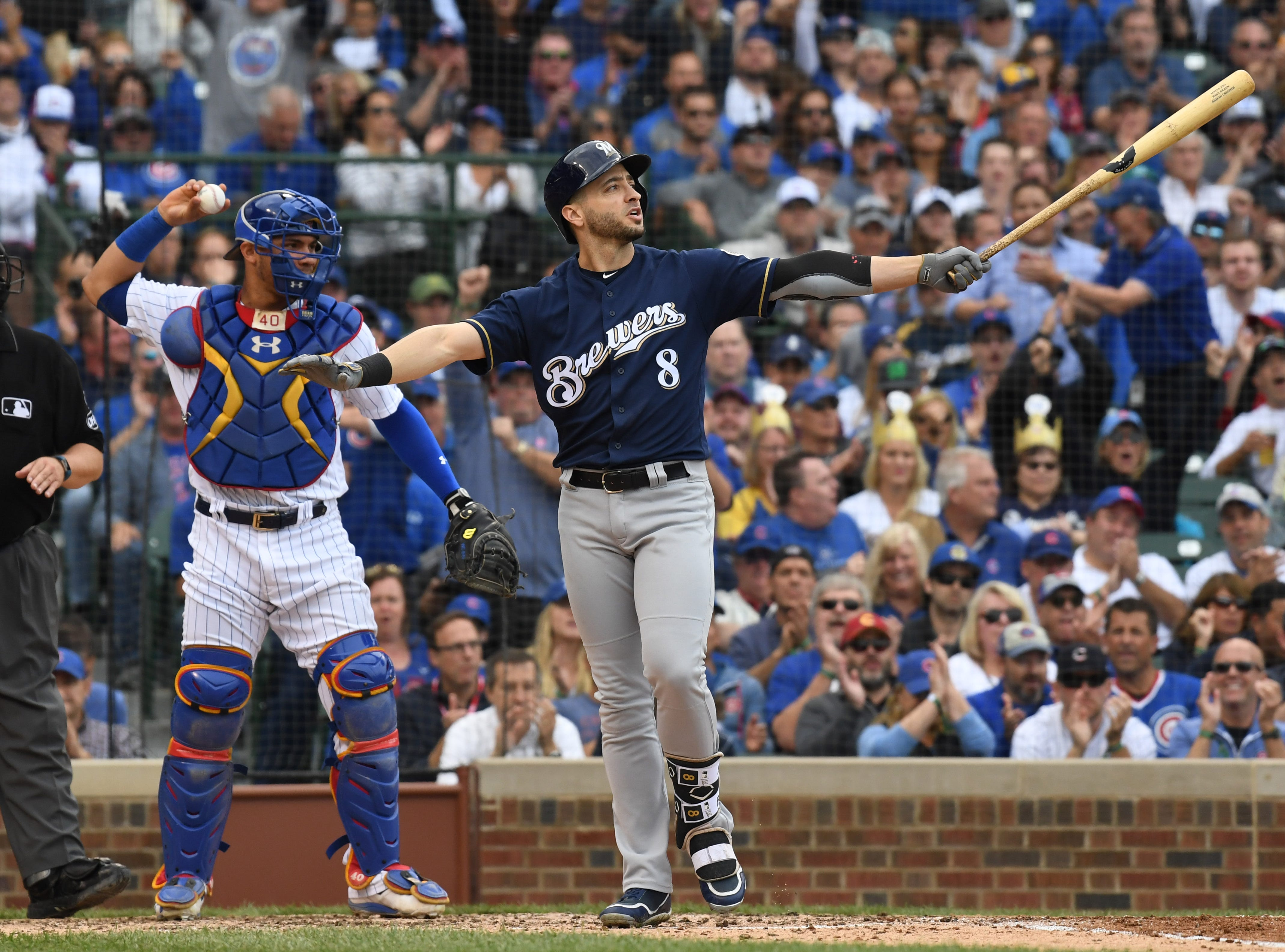 Brewers left fielder Ryan Braun (8) reacts after striking out in the sixth inning.