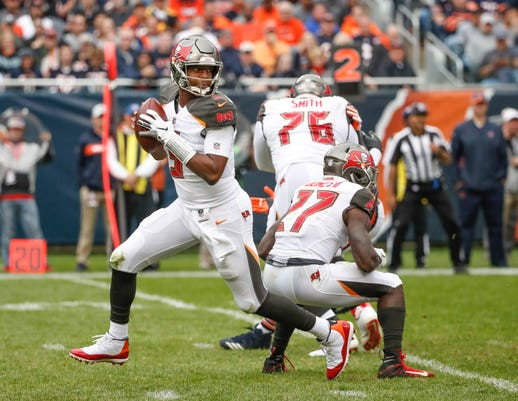 Nfl Tampa Bay Buccaneers At Chicago Bears