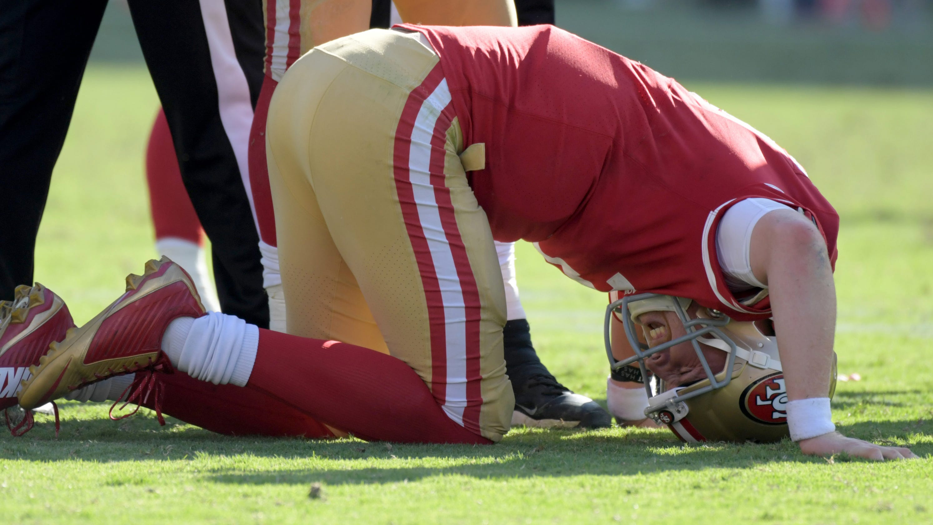 9c079dcdf0c San Francisco 49ers get lesson on life without Jimmy Garoppolo