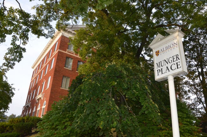 Munger Place Apartments is one of Albion College's student residences. The ground floor is being converted into Oaklawn's new expanded clinic, which has a goal of opening January 2019.