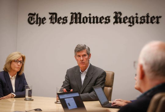 Iowa Democratic gubernatorial candidate Fred Hubbell and Lt. Gov. candidate Rita Hart, left, spoke to reporters and editorial board members on Tuesday, Oct. 2, 2018, at the Des Moines Register office in Des Moines.