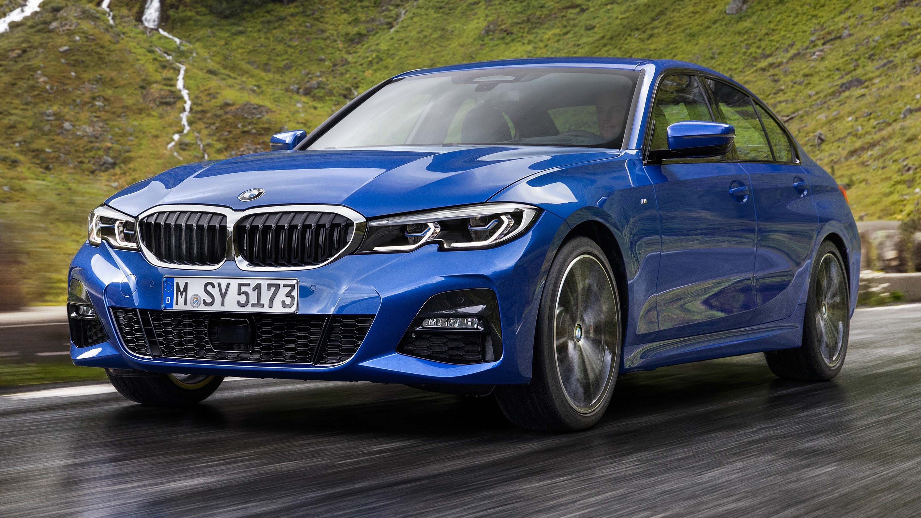 Long live sedans: Key BMW 3-series and Acura ILX debut