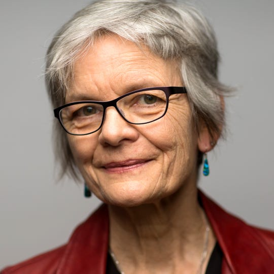 Lisa Graumlich is the dean of the College of the Environment at  the University of Washington. She was Henri Grissino-Mayer's Ph.D. adviser for one year at the University of Arizona.