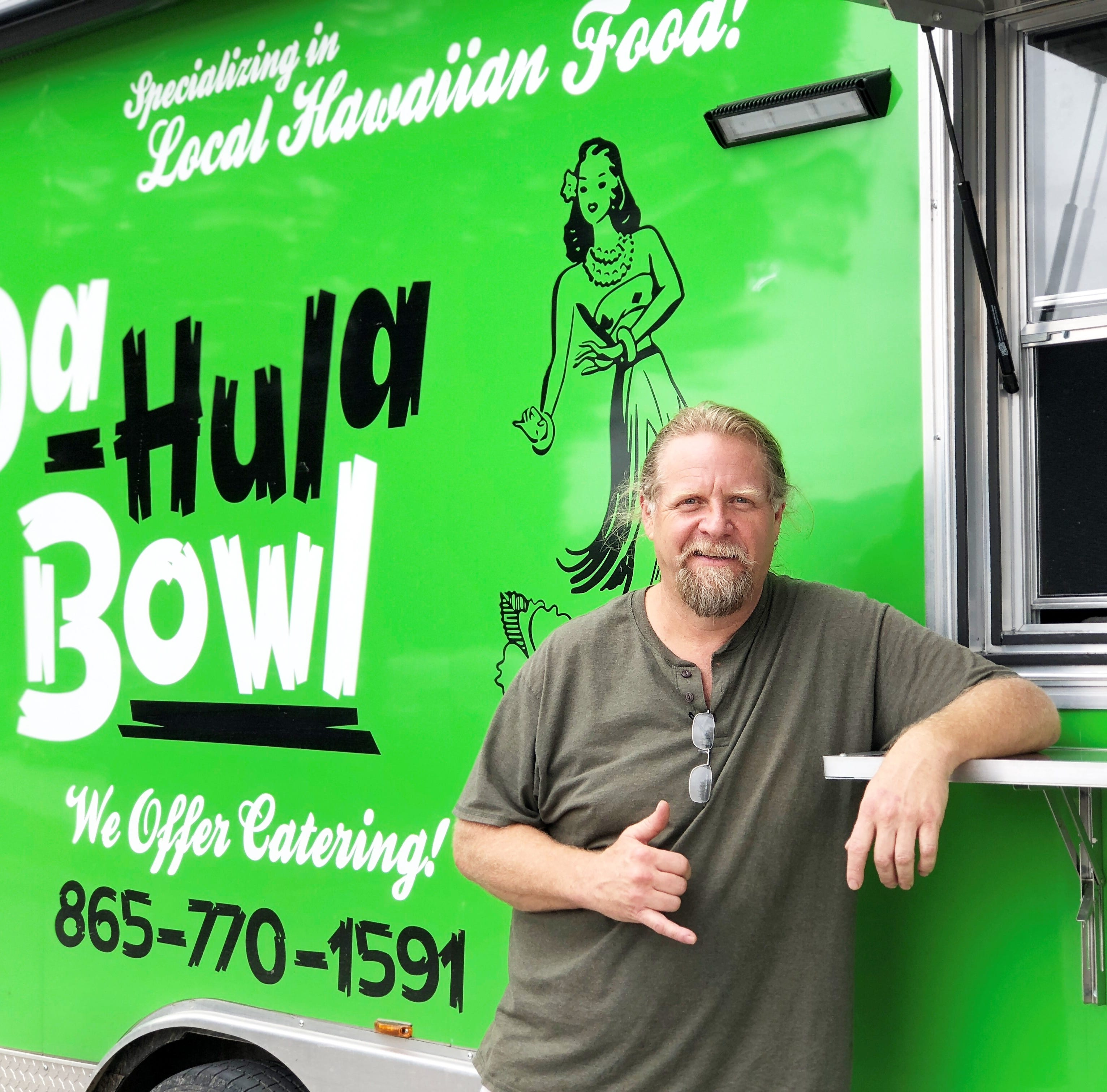 Da Hula Bowl serves up Hawaiian flavors fit for a traditional luau