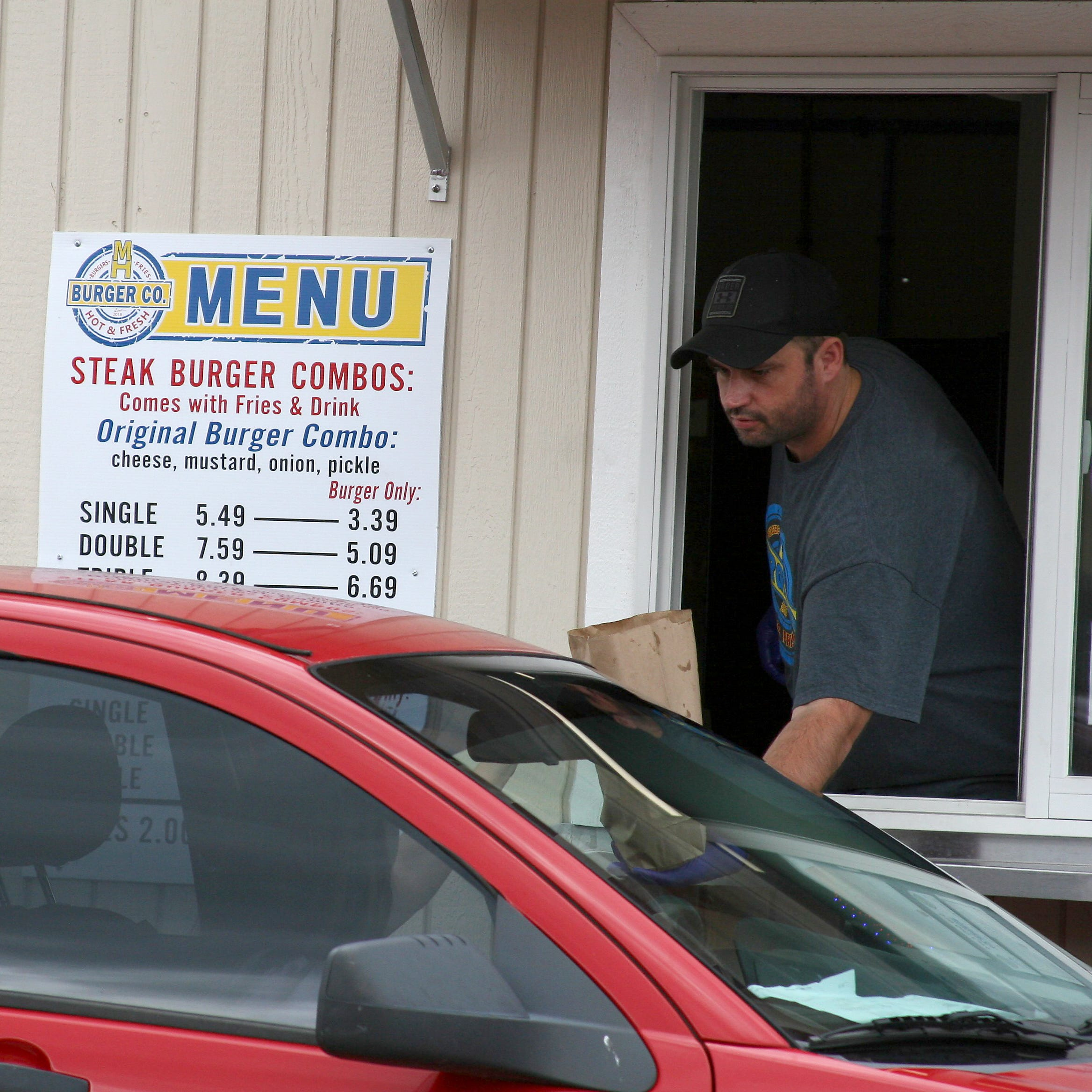 Edible Ozarks: Thin is in at Mtn. Home Burger Co.