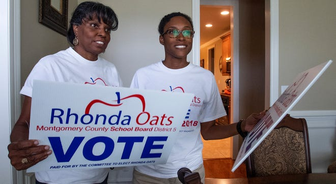 Rhonda Oats, candidate for School Board District 5, is shown preparing to campaign with her daughter MaChea Jones, right, in Montgomery, Ala., on Thursday September 27, 2018.