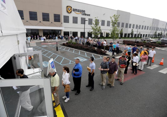 Aptopix Amazon Warehouse Job Fair