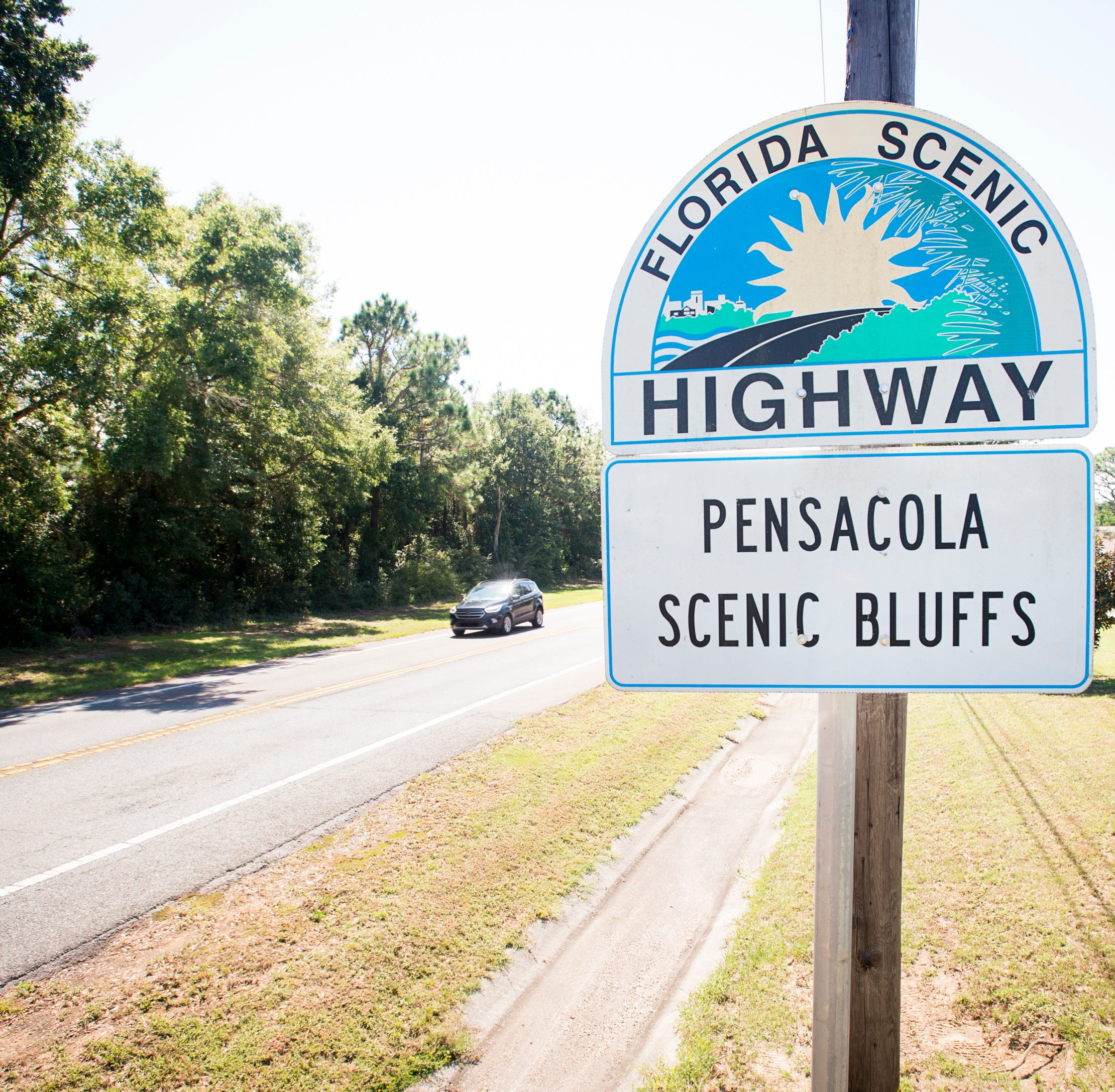 Scenic Highway Trolley Tour and Bay Cruise takes you on a trip through Pensacola history