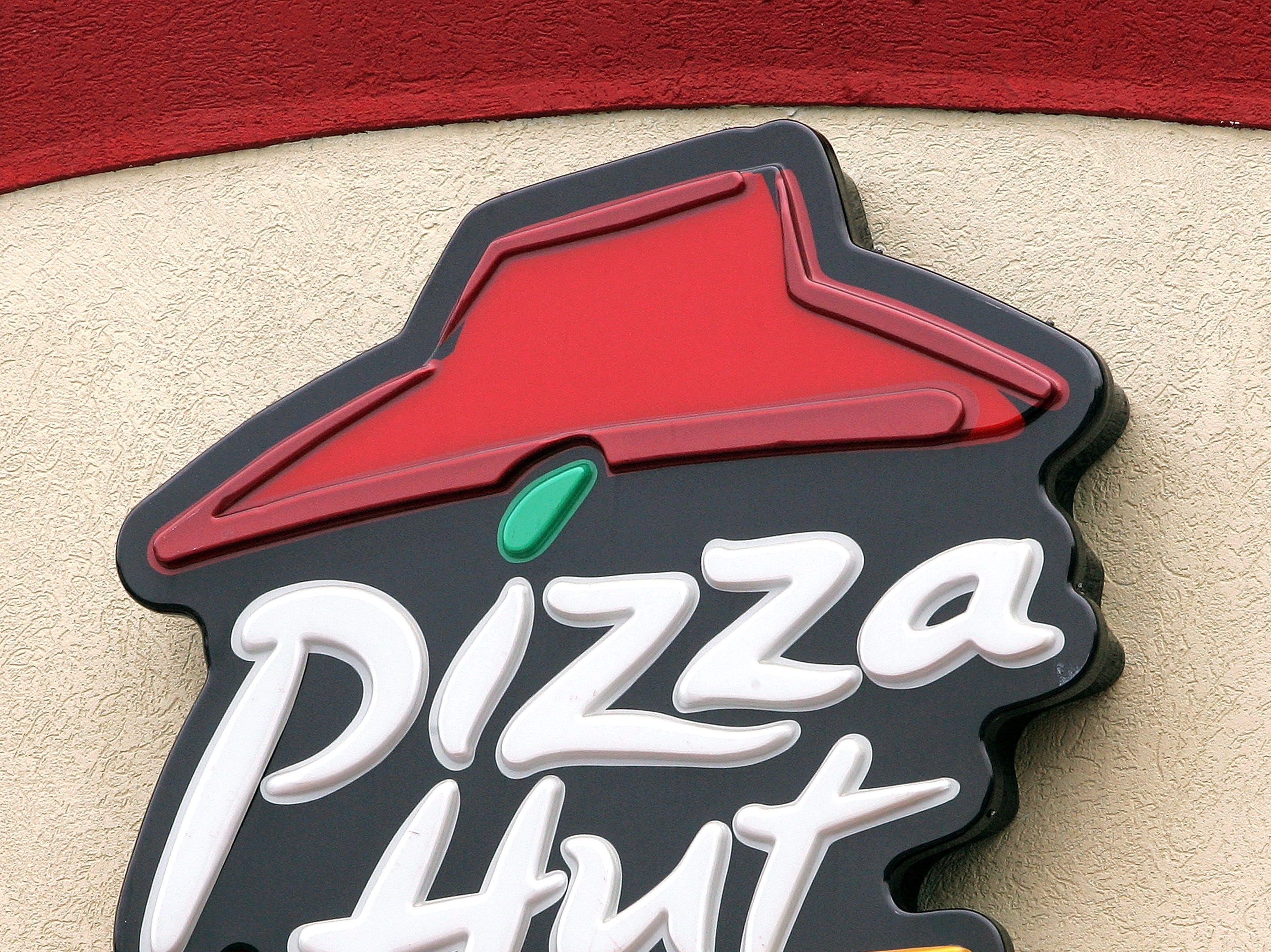 Pizza Hut, hiring 280. The pizza restaurant and delivery chain is adding jobs in the Phoenix area. More info: jobs.pizzahut.com.