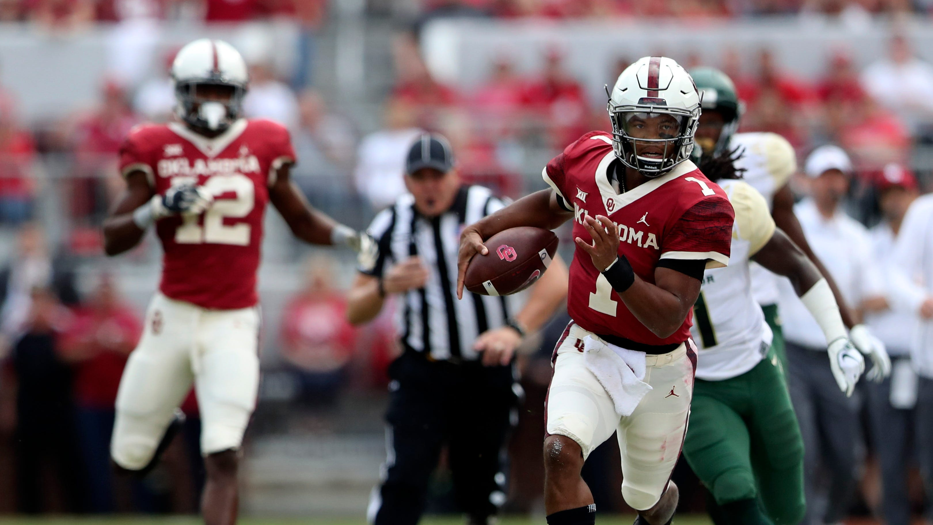 How To Watch Texas Oklahoma Football What Is The Game Time Tv