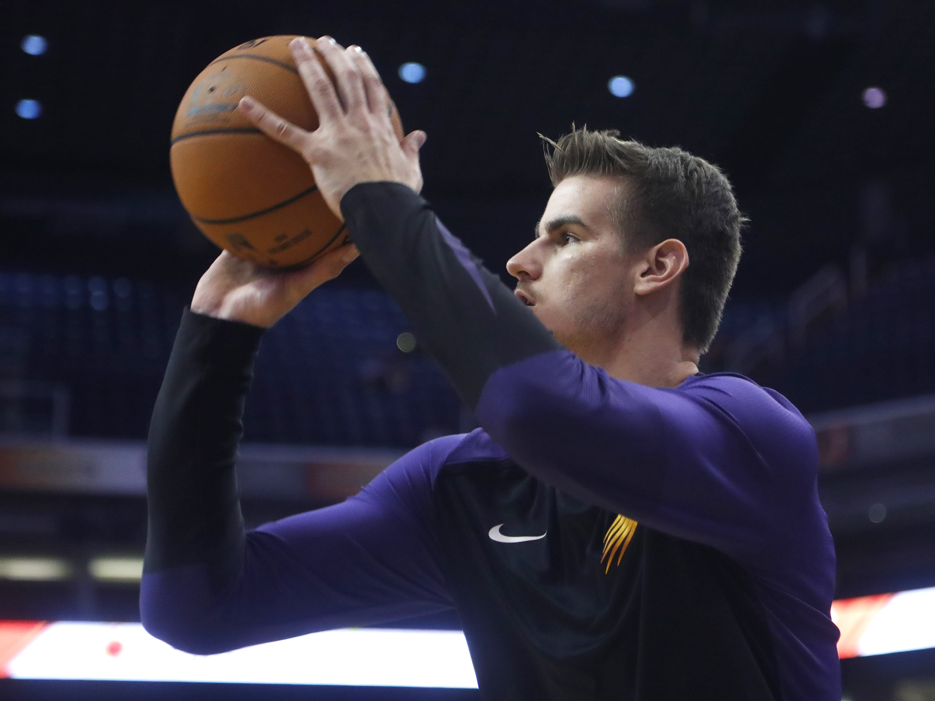 Suns Dragan Bender warms-up before a game against the Kings at Talking Stick Resort Arena in Phoenix, Ariz. on October 1, 2018.