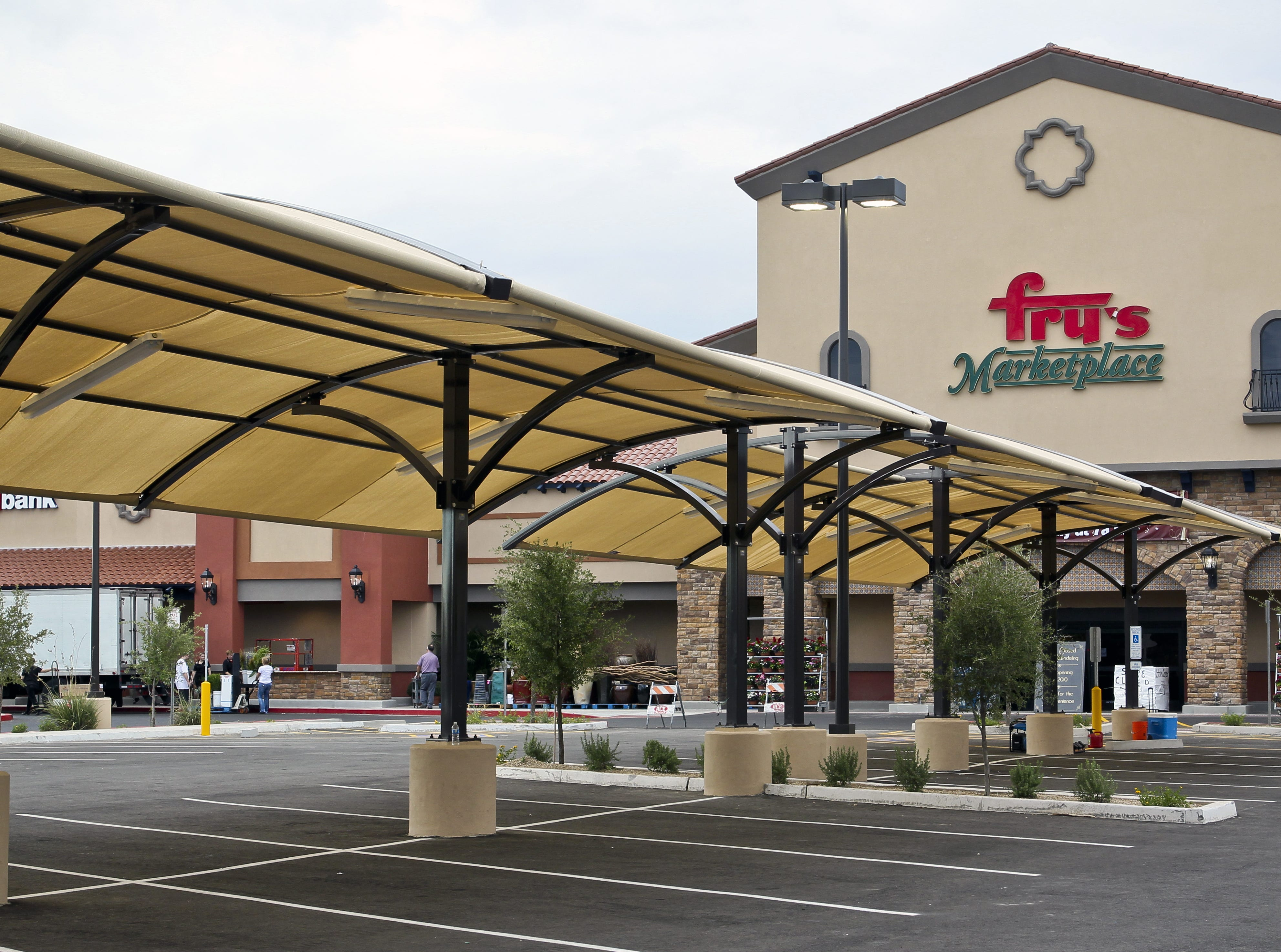 Fry's Food Stores, hiring 190. The grocer with 119 locations in Arizona is part of the Kroger chain. More info: jobs.kroger.com/frys-food-stores.