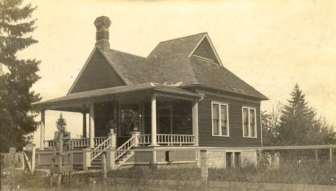 An undated photo of the historic house at 1950 Water St. NE in Salem.