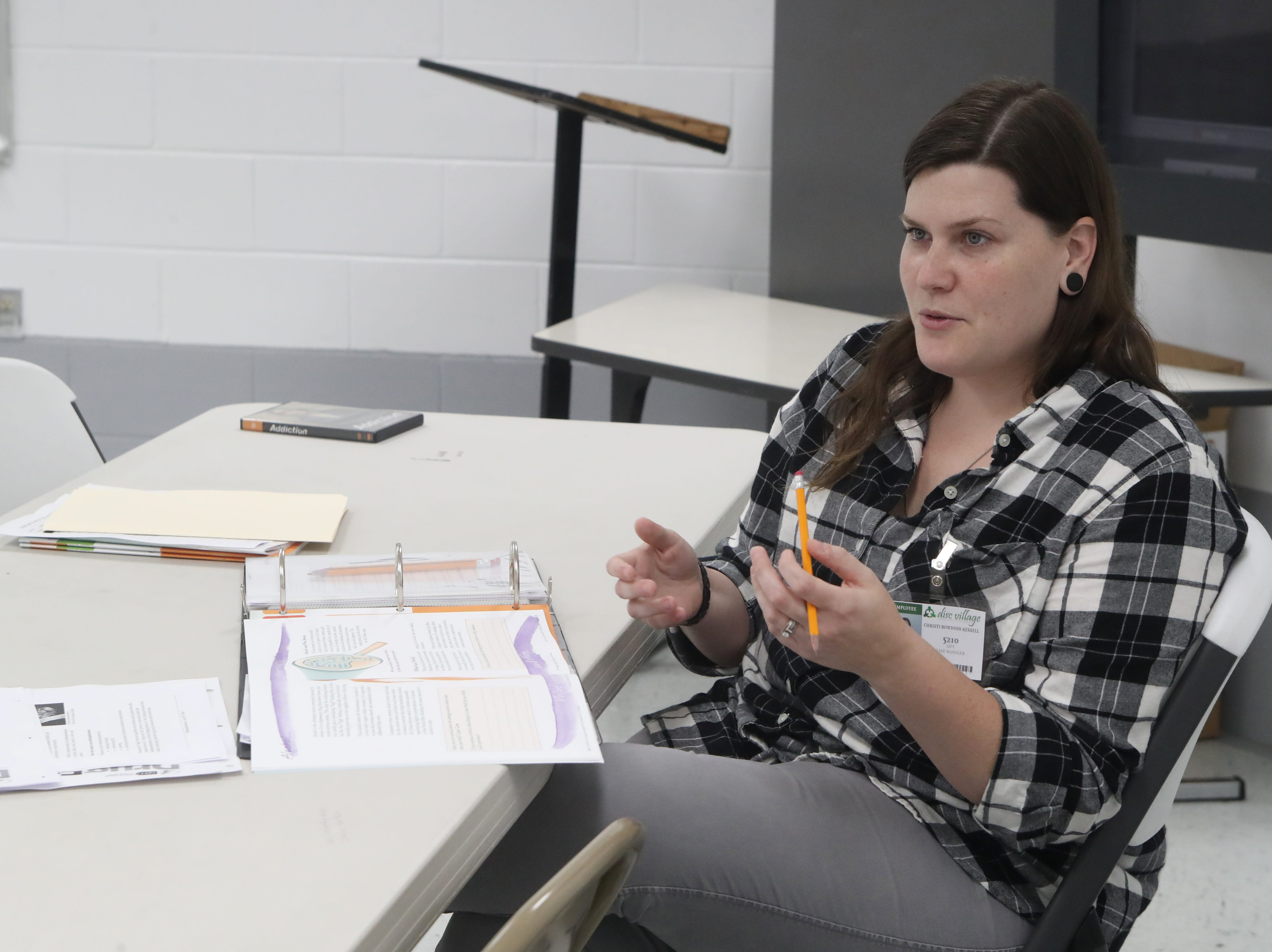 Re-entry Case Manager for the Lift Program at DISC Village Christi Bowdoin-Kessell leads a substance abuse counseling class at the jail in Eastpoint, Fla. Thursday, Sept. 28, 2018.