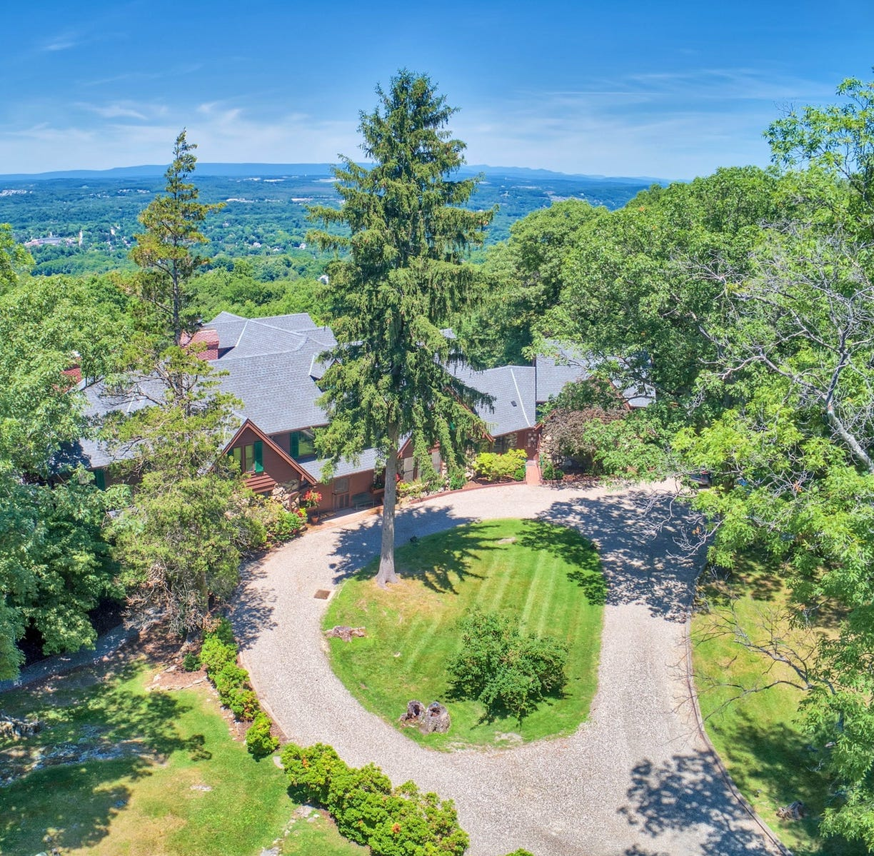 Army general's Cornwall-on-Hudson estate on the market for first time in more than 100 years