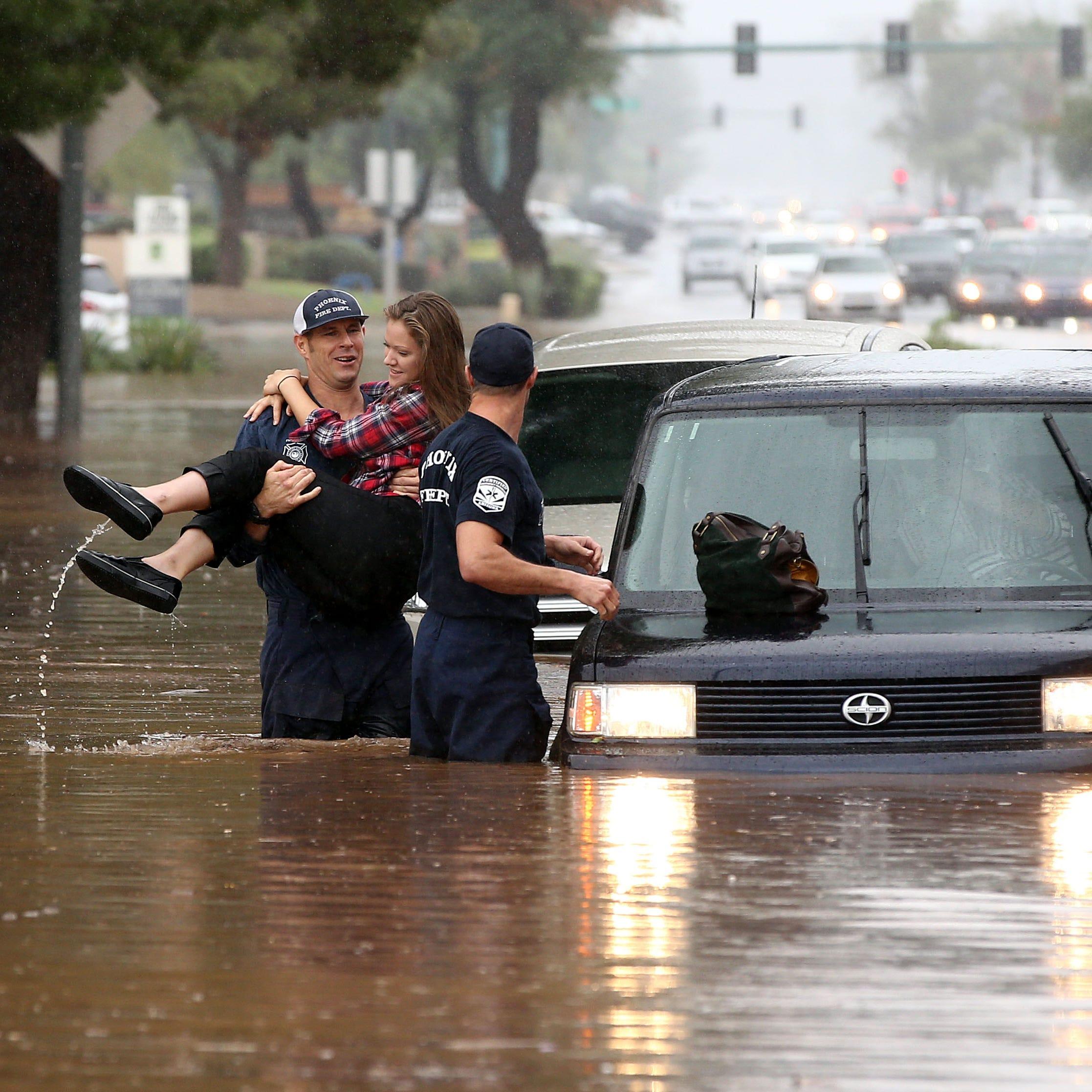 'Rosa' registra uno de los días más lluviosos en la historia de PHX
