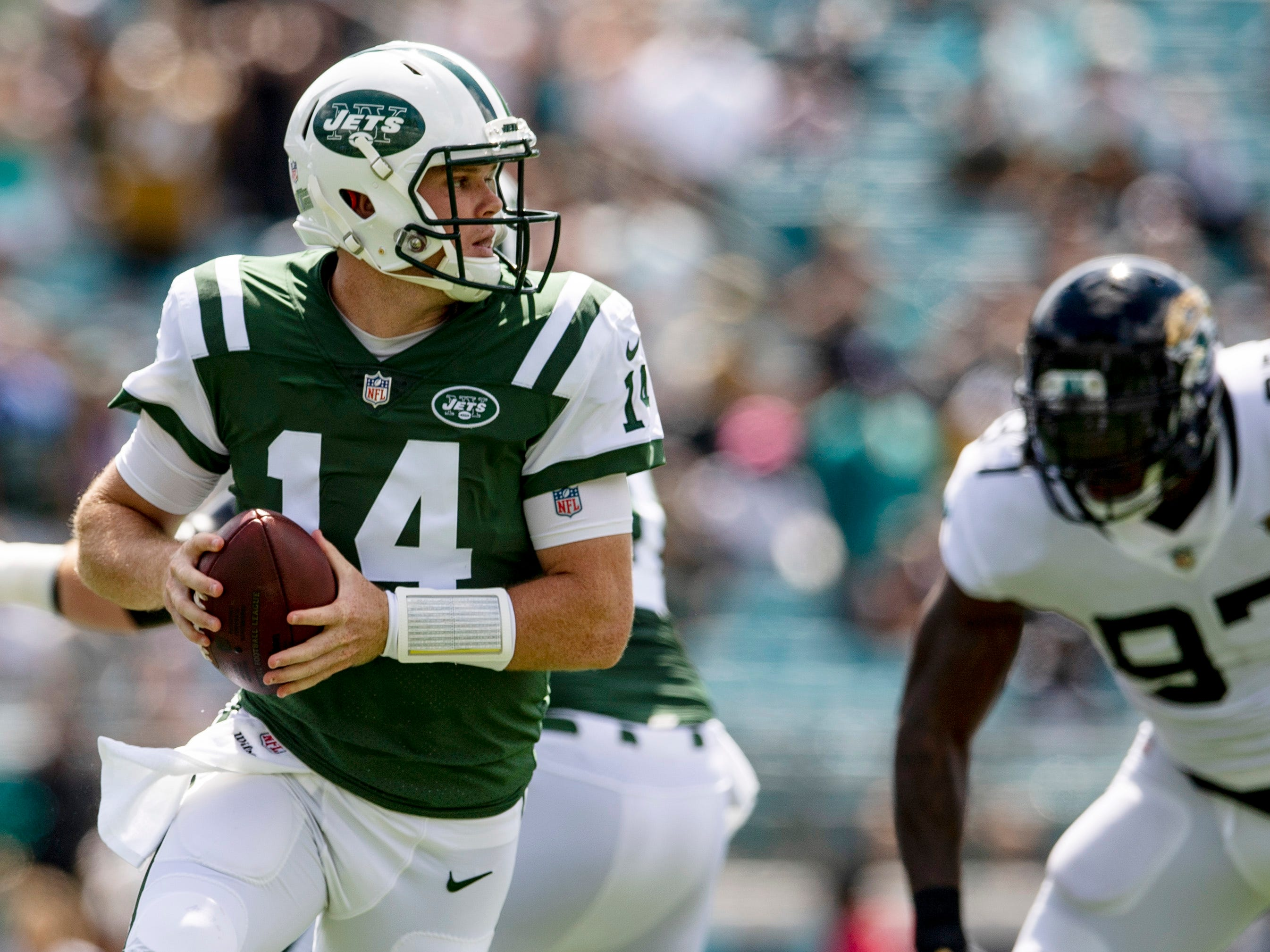 29. Jets (22): How's it going? Offense scored four TDs in opener ... and has four since. Defense allowed one TD in opener ... and surrendered eight since.