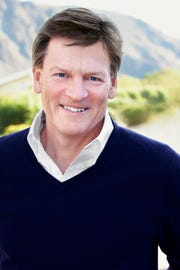 Author Michael Lewis.